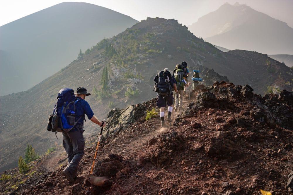 adventure-backpacker-climb-1365425