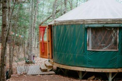 Green cabin photo.