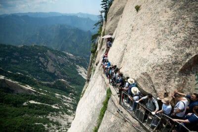 Line of tourists on Mount Huasan.